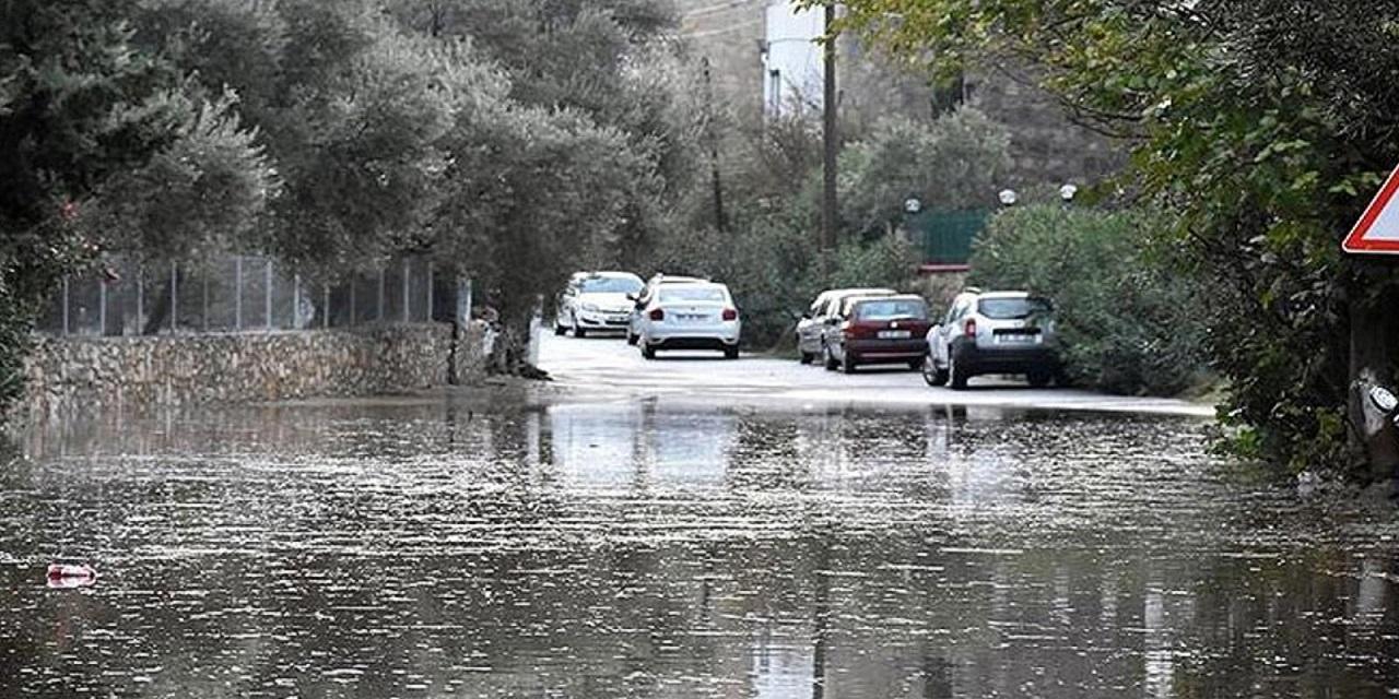 Son Dakika Haberi Meteoroloji ve AFAD'dan 8 il için Çok Şiddetli sel uyarısı! Öğle saatlerinden itibaren Çok etkili olacak...