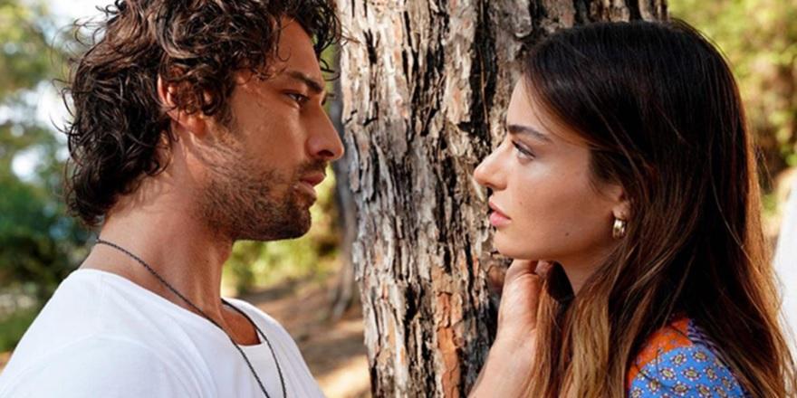 Bir dizi aşkı daha gerçek oldu! Ada Masalı dizisinin başrol oyuncuları Ayça Ayşin Turan ile Alp Navruz aşkı ortaya çıktı...