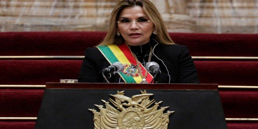 Bolivya eski başkanı Jeanine Anez darbe iddiasıyla tutuklandı